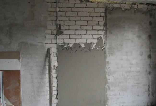 Черновое выравнивание стен